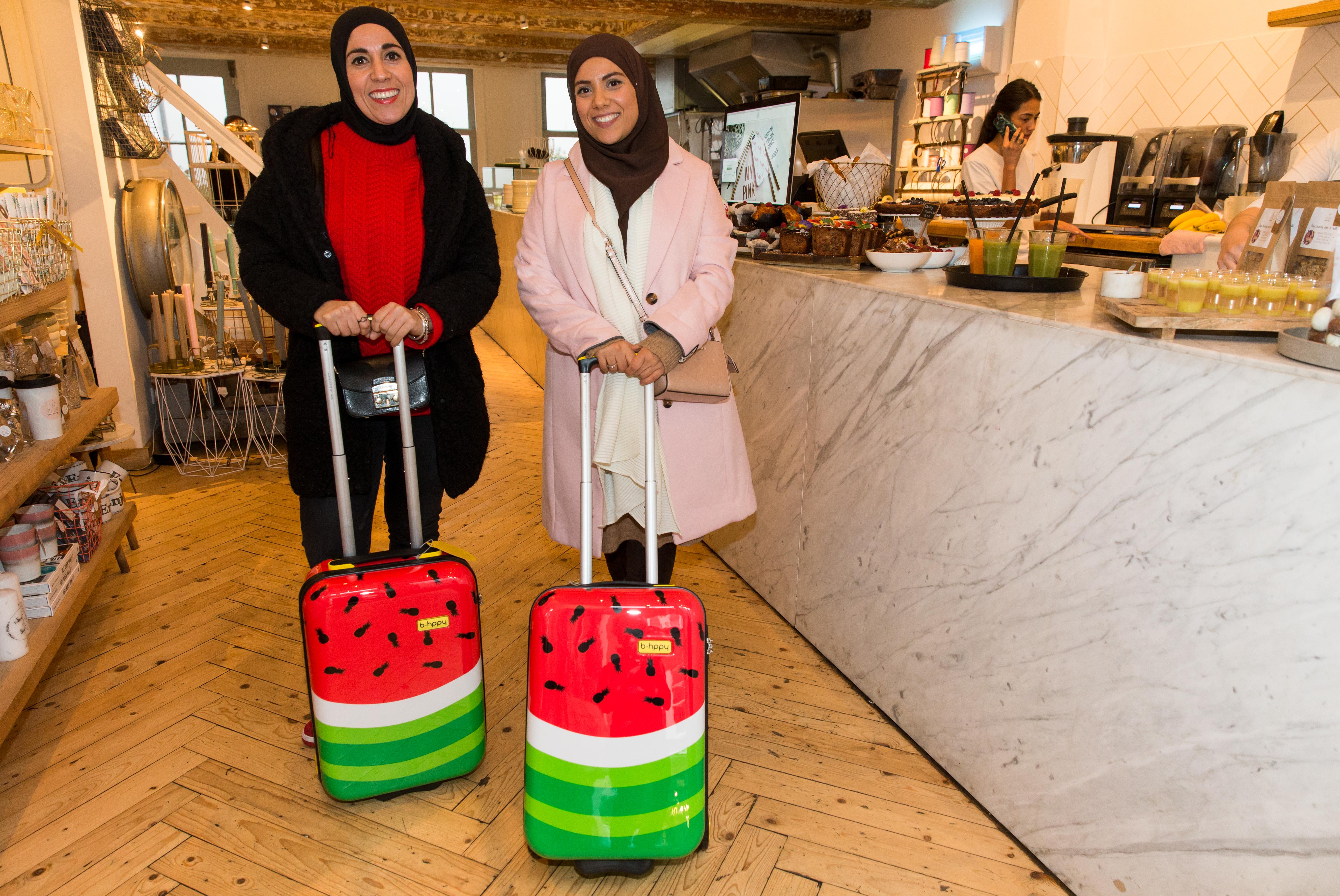 De Healty Sisters met hun BHPPY goodie-koffer bij Pluk Amsterdam